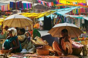 The first border 'haat', or market, along the Tripura-Bangladesh frontier will be inaugurated at Srinagar in south district of the state on January 13.  Read more at: http://economictimes.indiatimes.com/articleshow/45750337.cms?utm_source=contentofinterest&utm_medium=text&utm_campaign=cppst